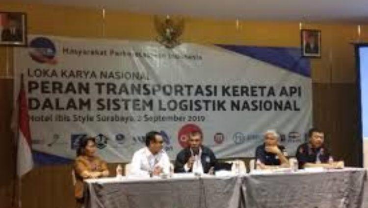 Biaya Logistik Masih Tinggi, KA Logistik diminta untuk Menurunkan Tarif